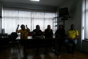 Entidades do Movimento Unificado dos Servidores Públicos Estaduais concederam uma entrevista coletiva em Caxias do Sul Foto: Cristiane Barcelos / Agência RBS