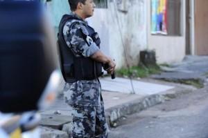 Batalhão de Operações Especiais (BOE) ocupa a Vila Cruzeiro nesta segunda-feira por tempo indeterminado Foto: Ronaldo Bernardi / Agência RBS